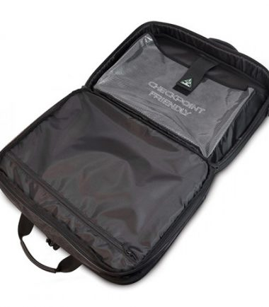Alienware Orion M17x TSA Approved / Compliant, Checkpoint Friendly Laptop Messenger Bag - Opens flat to pass through airport security checkpoints