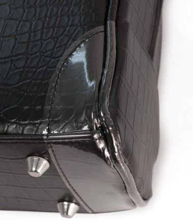 Milano - Black (Standard) (Laptop Bag) - Four metal feet allow it to keep the bag clean of dirt