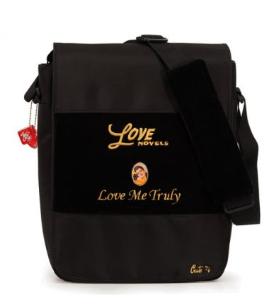 Maddie Powers Hipster / Retro Laptop Messenger Bag (Black) - Removable laptop protection sleeve
